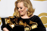 """Фото дня. 13 лютого. Церемонія вручення музичних премій """"Греммі"""", ярмарок іграшок у Нью-Йорку"""