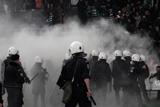 Грецькі фанати влаштували бійню і розгромили стадіон