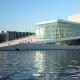 Королівський оперний театр(Копенгаген, Данія). Відкрито: 2005 року.Вартість: 385 млн. Кількість місць: від 1492 до 1703.Фішка: п'ять сцен, підвісний глядацький зал