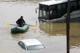 У столиці Грузії тривалі зливи спричинили потужну повінь