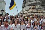 У Києві відбувся марш у вишиванках