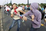 Cутички польських і російських фанатів у Варшаві