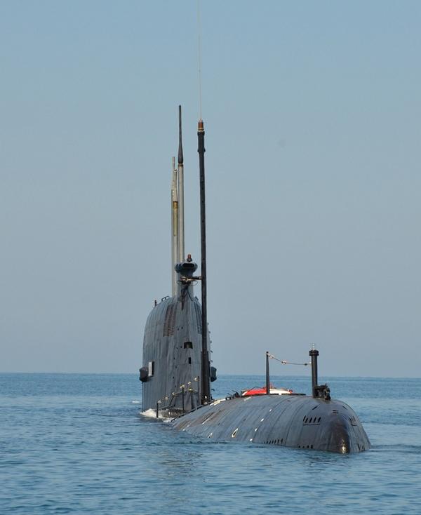 полной телескопическая антенна на подводной лодке фото ночь подобрать номер