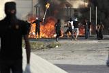 Фото дня. 5 вересня. Антиурядові маніфестації у Бахрейні, гігантський чизбургер рекордсмен Книги рекордів Гіннесса та інше