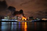 Фото дня. 9 листопада. Велика пожежа у Канаді, День черепів у Болівії та інше