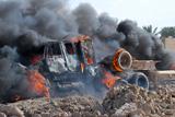Фото дня. 24 квітня. Іракські війська розстріляли демонстрантів, потужні зливи в Індії та інше