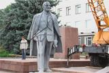 Демонтаж пам'ятника Лєніну в Новоград-Волинському