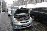 Водії влаштували флеш-моб біля Кабміну через погані дороги