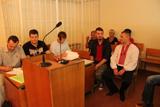 Перше судове засідання у справі активістів які зламали паркан масажиста Азарова