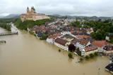 Повінь у Європі. Рівень води у Дунаї досяг найвищої позначки за останні 500 років
