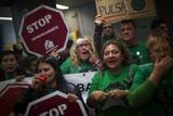 Група іспанських активістів захопила банк у Барселоні