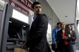 Банківська криза на Кіпрі. Люди масово знімають гроші з рахунків
