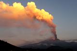 Фото вихідного дня. 26-27 жовтня. Виверження вулкану Етна в Італії, президентські вибори у Грузії та інше