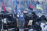 Мирний ранок на барикадах. Київ, вулиця Грушевського