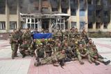 АТО. Над адміністрацією міста Дзержинськ піднято прапор України