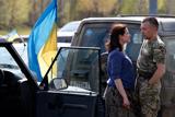 Кияни зустріли бійців 12-го Київського батальйону тероборони, які повернулись із зони АТО