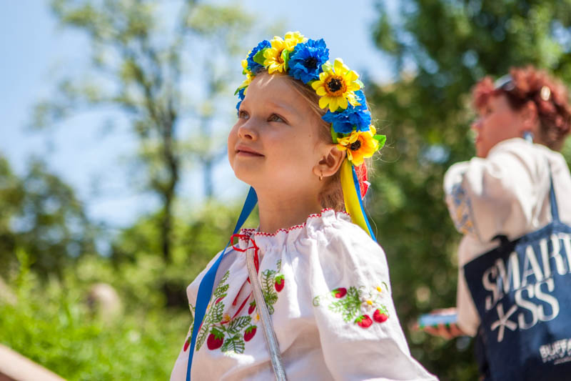 У Києві відбувся мегамарш вишиванок - Фото №1 1bfaf752e1874
