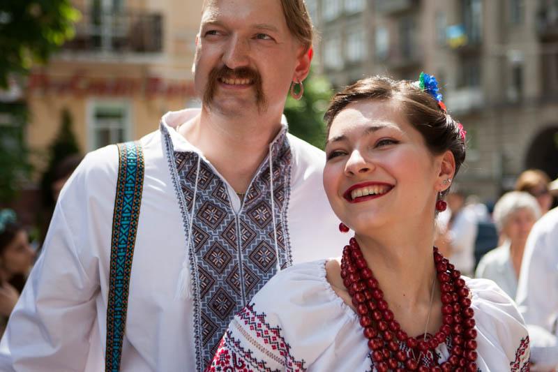 У Києві відбувся мегамарш вишиванок - Фото №16 487af3c357935