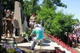 Між Слов'янськом і Краматорськом відкрили пам'ятник загиблим героям