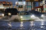 Потужна злива затопила вулиці Лас-Вегаса