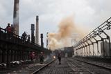 Авдіївський коксохімічний завод відновлюють після обстрілів