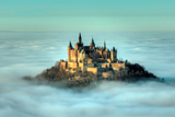 Замок Гогенцоллерн в хмарах - дивовижний зразок німецької архітектури