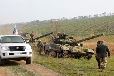 На Дебальцевському напрямку розпочався відвід танків ЗС України