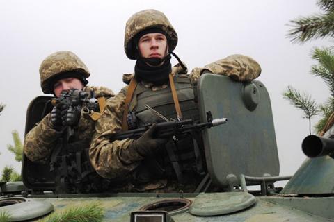 Військові навчання в оперативному командуванні «Захід»