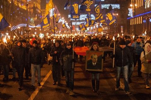 Смолоскипна хода в Києві на честь 107-ї річниці з Дня народження Бандери