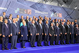 Французькі ЗМІ про саміт НАТО: Не можна дозволити собі закритися за залізною стіною