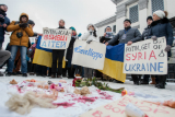 У Києві пікетували посольство РФ із вимогою припинити бомбардування Алеппо