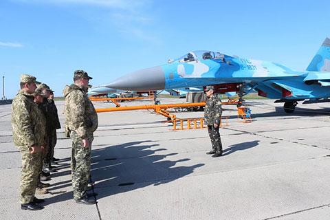 """Планові польоти в бригаді тактичної авіації повітряного командування """"Центр"""""""