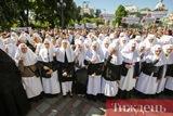 Під будівлею Верховної Ради мітингують прихильники УПЦ МП