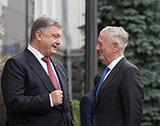 Світ про Україну: тиск на антикорупціонерів, польські мрійники та досвід ленінопаду для американців