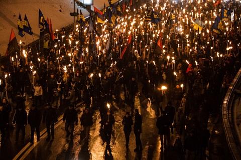 "Реконструкція бою за ""Арсенал"" та марш на честь героїв Крут"