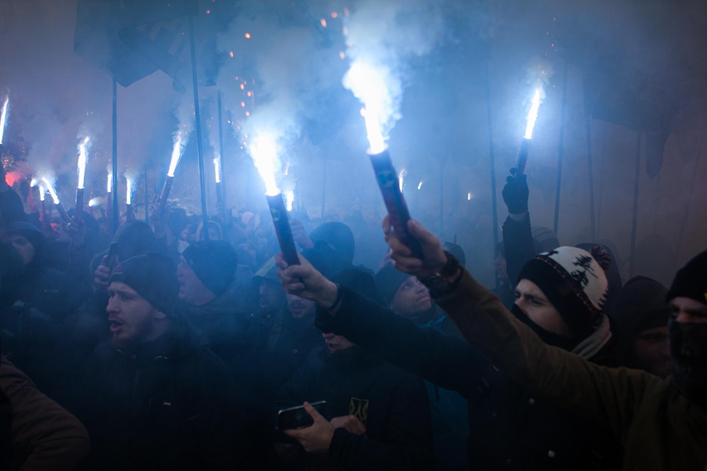 Націоналісти провели мітинг під Радою на підтримку воєнного стану