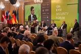 Київський безпековий форум: післявиборча стратегія, слабка підтримка Заходу та апетити Росії