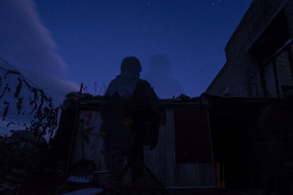 Одна ніч на передових позиціях української армії на Луганщині