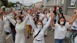 Світ про тиждень протестів у Білорусі: Жінки мають значення