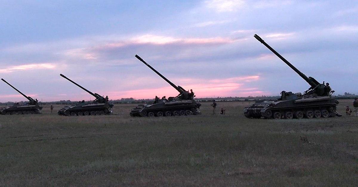 Тренування розрахунків гаубичної артилерії