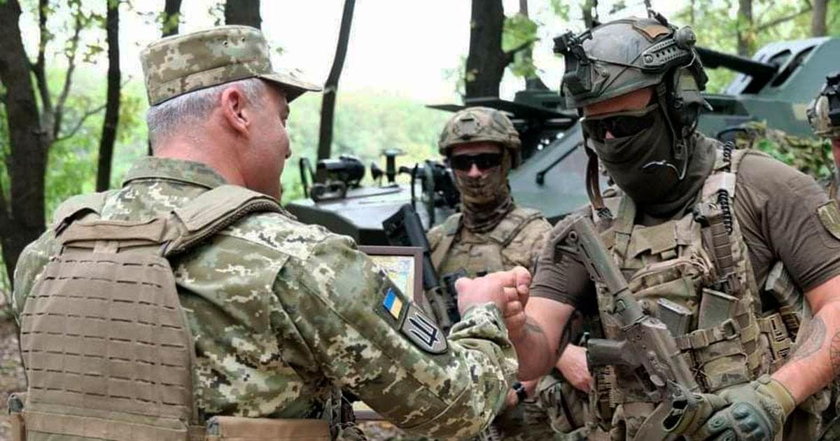 День воєнної розвідки. Командувач привітав бойових побратимів