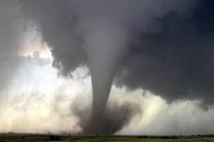 На північний схід США обрушилася серія потужних торнадо