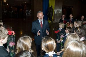 Табачник провів екскурсію залами музею Великої Вітчизняної війни