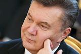 Волинський поет про Януковича: «А він в нас є, і він у нас один…»