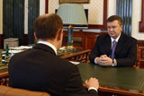 Світ про Україну: «кубок з отрутою» для опозиції, ворожа міліція та план Маршалла