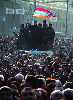 Мітинг 19 лютого планувався як мирний, а закінчився масовим побоїщем