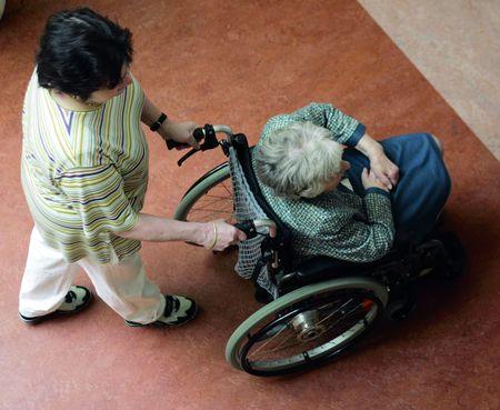 У старіючій Європі є постійний попит на патронажні послуги