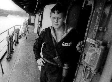Перед молодими моряками вперше постала реальна дилема: стріляти чи не стріляти